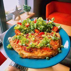 Omlet grecki Vegetable Pizza, Quiche, Feta, Gluten, Vegetables, Cooking, Breakfast, Recipes, Kitchen