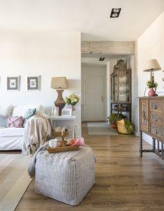 Detalle de salón en vivienda íntegramente reformada por Natalia Zubizarreta Interiorismo en Vizcaya.