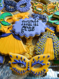 Mardi Gras Cookies I made for a local event.  Yeah, I pretty much rocked it. via #TheCookieCutterCompany