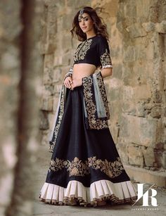 Designer in Focus- Jayanti Reddy Label Indian Gowns Dresses, Indian Outfits, Bride Reception Dresses, Wedding Dresses, Indian Skirt, Lehnga Dress, Kids Gown, Pakistani Wedding Outfits, Indian Bridal Lehenga