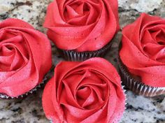 Valentine's Day Decorated Cupcakes.  AND Taste Divine Cupcakes Roses Are My Choice This Valentines Day