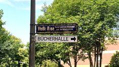 """Es gibt weitere Orte, an dem Hamburg an NS-Opfer erinnert. Hier geht es nun um das """"Mahnmal Weiße Rose"""" in Volksdorf. Das Mahnmal findet ihr in der Fußgängerzone von Volksdorf in der Straße Weiße Rose auf dem Weiße-Rose-Platz."""