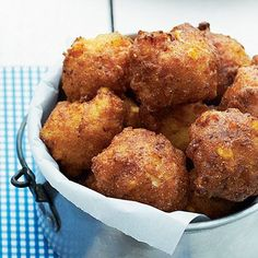 Hush Puppies No Southern fish fry is complete without deep-fried Hush Puppies. Simple ingredients make these puppies a favorite side.real southern hush puppies DON'T have onions ; Beignets, Seafood Recipes, Cooking Recipes, Seafood Boil, Cooking Food, Seafood Dishes, Cooking Tips, Fried Fish, Fish Fry