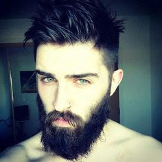 This guy! That hair, those eyes & that beard! WHOOOOOO! HOT!