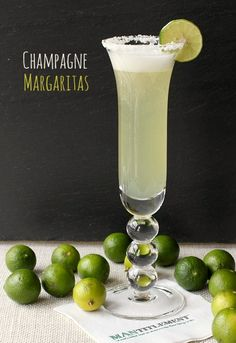 Try a Champagne Margarita at your next party! This tasty twist on a margarita is a champagne cocktail for the books! Cocktails Champagne, Beste Cocktails, Cocktail Drinks, Alcoholic Drinks, Beverages, Tequila Drinks, Drinks Alcohol, Drinks With Prosecco, Non Alcoholic Margarita