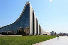 ザハ・ハディド氏設計の建築物にアゼルバイジャンで圧倒されてきた - GIGAZINE