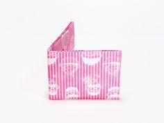 Wallet Set Tyvek Print Pattern Handmade CrispyWallet Cupcake