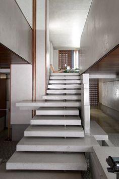 Feel the uplifting moment to create the stairways to luxury  #LuxuryInteriors #Bespoke