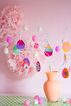 Christmas isn't the only holiday that gets its own tree! This DIY Easter Tree is ideal for showing everyone that spring has sprung! It's super simple, too!