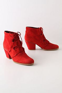 Holly Berry Boots.  Who doesn't like a red shoe?