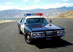 by state > West coast states > CA- CHP 1973 Dodge Coronet Test Vehicle Old Police Cars, Police Truck, Police Patrol, Police Test, State Police, West Coast States, Emergency Vehicles, Police Vehicles, Radios