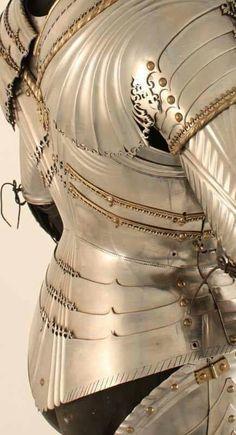 Backplate Maximilian armor Www.darksword-armory.com