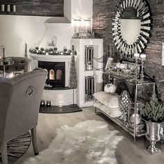 Silver living room decor black and silver living room ideas silver living room decor silver home . Silver Living Room, Glam Living Room, Home And Living, Living Room Decor, Bedroom Decor, Dining Room, Diy Home Decor Rustic, Interior Decorating, Interior Design