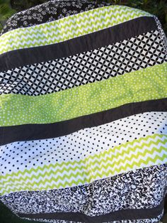 Lime Green Black and White Cotton Crib Quilt or Playmat Gender Neutral Ready to Ship Sewing Ideas, Sewing Projects, Craft Projects, Projects To Try, Curtain Ideas, Quilt Making, Gender Neutral, Baby Quilts, Baby Room