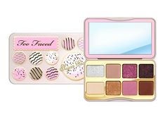 Too Faced Just Dropped Its Holiday Makeup Collection 3 Months Early Bath Body Works, Holiday Makeup, Christmas Makeup, Unique Makeup, Cute Makeup, Makeup Brands, Best Makeup Products, Beauty Products, Too Faced Lipstick