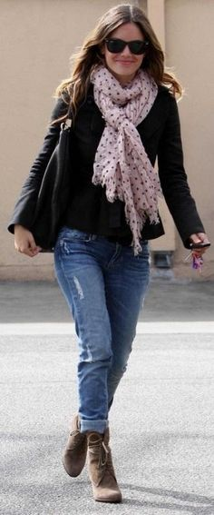 Who made Rachel Bilson's jeans, black sunglasses, black purse and boots that she wore in Los Angeles? Sunglasses – Ray Ban  Shoes – Zara  Jeans – Paige Denim  Purse – Yves Saint Laurent