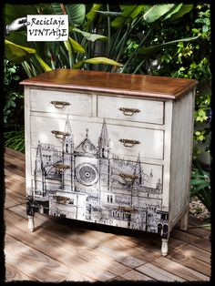 Decoupage a gran escala. Paso a paso en nuestro facebook. // Big size decoupage, find the tutorial in our fanpage :)