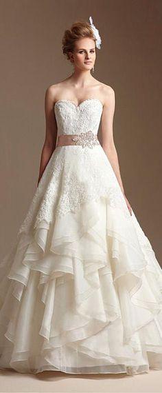 Gorgeous Organza Satin A-line Sweetheart Neckline Natural Waistline Wedding Dress