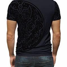 Explore the wide range of Men's fashion T-Shirts at Aenda.