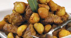 Portuguese Pork with Chestnuts Recipe Rib Recipes, Sauce Recipes, Recipies, Chestnut Recipes, Roasted Pork Tenderloins, Portuguese Recipes, Portuguese Food, Marinated Pork, Fried Pork