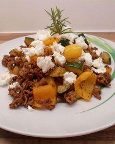 Low Carb Hackfleischpfanne mit Gemüse (griechische Art)