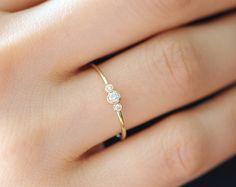 Three Stone Round Brilliant Cut Diamond Engagement Ring, Thin 3 Stone Dainty Bezel Set Engagement Ring, Three Stone Bezel Diamond Ring