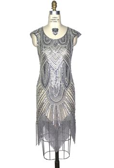 Style Flapper Fringe Art Deco Party Dress - The Deco 54 - Cream Silver Fringe Arts, Art Deco Party, Gatsby Look, Flapper Era, Beaded Evening Gowns, Sweet Dress, Party Dress, Fashion Dresses, Dress Up