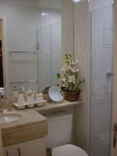Thumb_bancada_-_com_extens_o_l_cuba_-_branca_oval_embutida__3_ Grey Marble Bathroom, Bathroom Colors Gray, Bathroom Vanity Units, Bathroom Storage, Bathroom Window Treatments, Vintage Bathrooms, Home Comforts, Home Office Design, Dream Decor