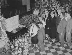 Lou Gehrig wake 1941 - Lou Gehrig - Wikipedia