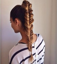 We love the look of fishtail braids! The braided hairstyles are timeless and can always make you look youthful and chic. The fishtail braid, also known as the Fishtail Braid Hairstyles, Long Hairstyles, Pretty Hairstyles, Fishtail Ponytail, Ponytail Haircut, Summer Hairstyles, Hairstyle Ideas, Plait Hair, Braid Hairstyles
