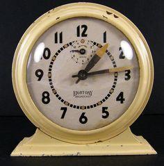 Vintage Ingraham Broadcast Alarm Clock