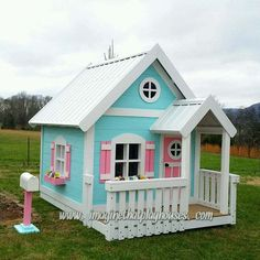 The Sweetheart Playhouse with Decorative by ImagineThatPlayhouse