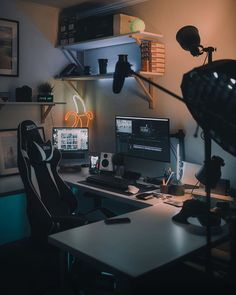 We've compiled the best office desk setup ideas, ergonomic desk setups, and gaming setup for you, featuring the best ergonomic office chairs! All images were sourced. Computer Gaming Room, Computer Desk Setup, Gaming Room Setup, Pc Setup, Office Interior Design, Office Interiors, Interior Modern, Neon Led, Appartement Design