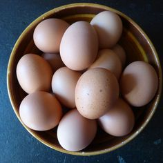 Hard-boiled eggs make a terrific snack & can keep fresh in the refrigerator for a week. Snack every 2 hours between meals. Herbalife, Cocktail Drinks, Rum, Health Tips, Hard Boiled, Boiled Eggs, Snacks, Fresh, Canning