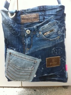 Tote bag, purse, recycle, upcycle, denim, jeans, pockets, details, crafting idea