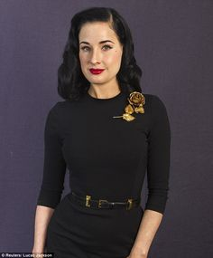 I don't think I've ever seen the divine Dita with a wrinkle before this...  I do look forward to seeing how she embraces them and shows us all how to age with grace.