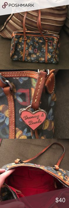Dooney and Bourke Bumble Bee Purse This item is in excellent condition! Dooney & Bourke Bags Shoulder Bags