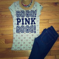 💕💕 VS PINK graphic tee 💕💕 Only worn once VS PINK graphic tee Victoria's Secret Tops