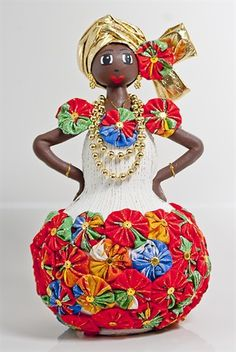 Discover thousands of images about Baiana Fuxico - Arte Artesanato - Salvador Bahia Bottle Art, Bottle Crafts, Diy And Crafts, Arts And Crafts, African Dolls, Painted Gourds, Tropical Art, Paperclay, Gourd Art