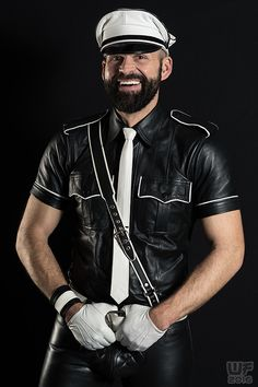 https://flic.kr/p/C7Ng4V | Mr. Leather Europe 2015 (Thorsten) | My website: www.whitefoxx.com My fansite on facebook: WF portraits IG: wf_whitefoxx  My latest book: www.blurb.com/b/4045281-eyes-on-men  Ebook version: www.blurb.com/ebooks/reader.html?e=375572#/spread/front   Enjoy! :)   .
