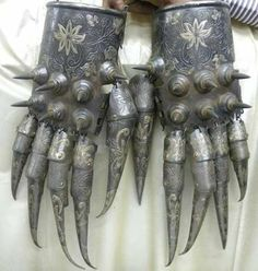 fighting gloves, middle ages, Iran