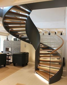 Wooden spiral stairs curved staircase 62 Ideas for Spiral Stairs Design, Home Stairs Design, Railing Design, Interior Stairs, House Design, Railing Ideas, Rustic Staircase, Staircase Railings, Wooden Staircases