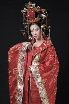 Asian Style, Chinese Style, Purple Peonies, Exotic Women, Hair Decorations, Hanfu, Cosplay, Nice Dresses, Beautiful Women