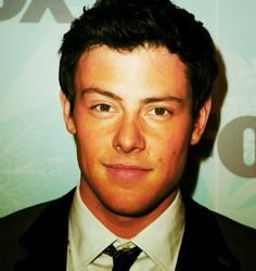 Cory Monteith so sad. He had such an amazing story. No more Finchel :(((