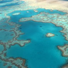 Flying over the amazing Great Barrier Reef the largest living structure in the world. It stretches over 2300 kilometres and can be seen from outer space.  Some further facts from the Great Barrier Reef Marine Park Authority (2016). Just how large is it? Well it it is larger than the United Kingdom Switzerland and Holland combined! It has roughly the same area size as Italy Japan Germany and Malaysia!  The Great Barrier Reef Marine Park: covers 344400 km2 in area includes the worlds largest…