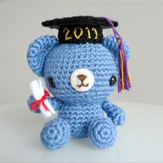 Any graduate would love this cute crocheted Graduation Teddy complete with mortarboard and diploma!  Free crochet pattern available!