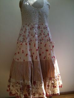 sesame clothing Kinds Of Clothes, Clothes Women, Fashion Clothes, Fashion Outfits, Beautiful Clothes, Beautiful Outfits, Pioneer Trek, Altered Clothes, Printed Kurti