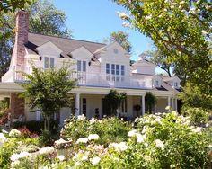 White Farmhouse Design, Pictures, Remodel, Decor and Ideas