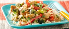 Easy to prepare, this tasty peanut chicken stir-fry can be on the table in 25 minutes!