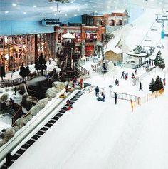 Kempinski Hotel Mall of the Emirates - Dubai! Winter Family Vacations, Kempinski Hotel, Stations De Ski, Skier, Dubai Offers, Best Ski Resorts, Luxury Rooms, Luxury Hotels, Visit Dubai